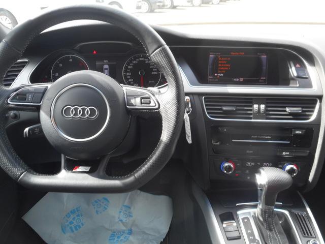 Audi Audi A4 IV (B8) 2.0 TDI 150 clean diesel DPF Euro6 S Line Multitronic